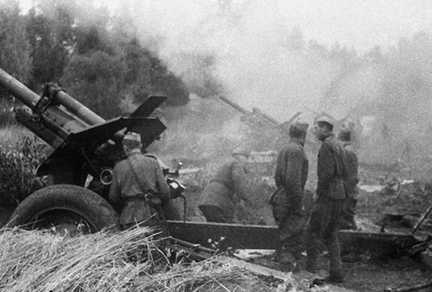 Советские артиллеристы в Латвии. Сентябрь 1944 г.