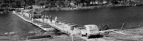 Переправа через реку Нарев.