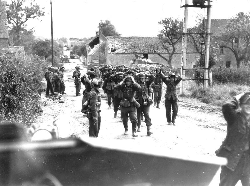 Немецкие военнопленные из «Фалезского мешка».
