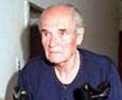 Бывший майор СС Карл Хасс. 2004 г.