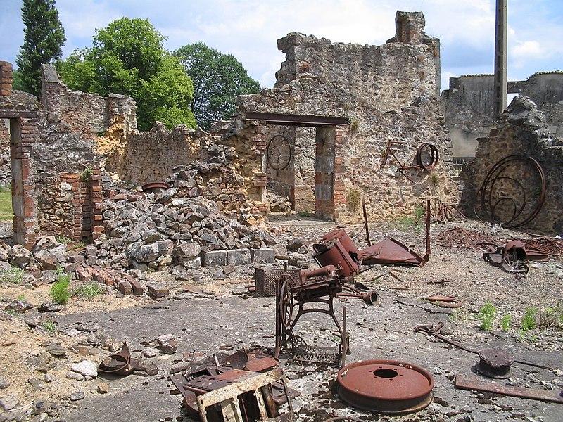 Вид развалин деревни в наши дни.