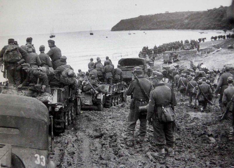Немецкие войска в ожидании эвакуации. Октябрь 1944 г.