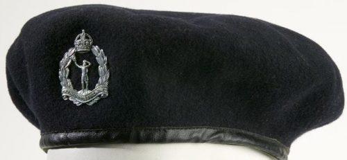 Берет Королевского корпуса наблюдателей образца 1941 года.
