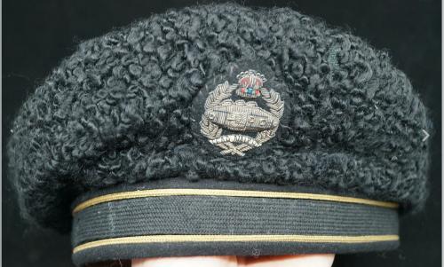 Берет королевского танкового полка.