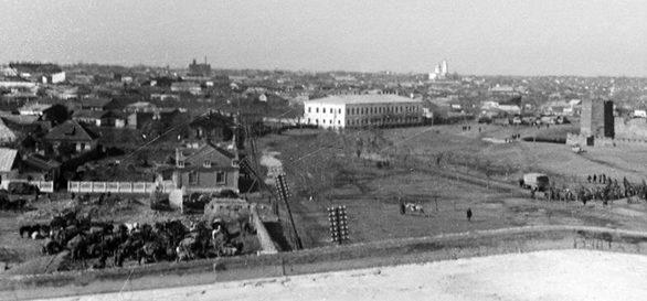Город под румынской властью. 1942 г.