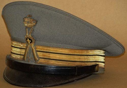 Фуражка офицера пехоты.