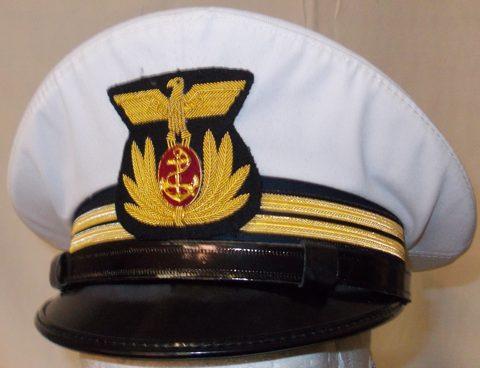 Фуражка офицера ВМФ Королевства Италия.