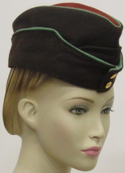 Пилотка женщин служащих ATS вспомогательной территориальной службы.