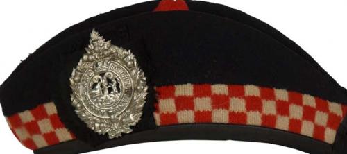 Пилотка (гленгарри) подразделения «Аргайл и Сазерленд».
