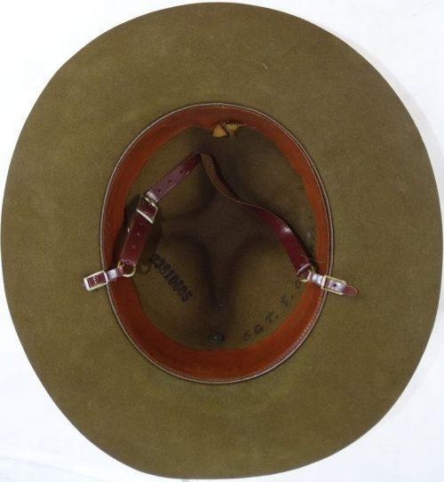 Шляпа унтер-офицера полевой артиллерии.