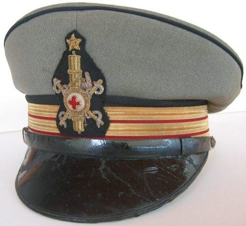Фуражка офицера медицинской службы.
