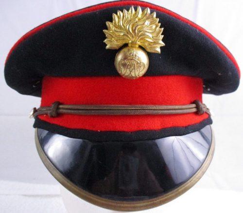 Фуражка офицера артиллерии.