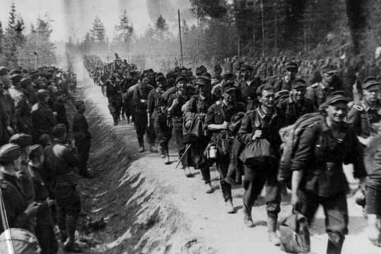 Капитуляция немцев. Май 1945 г.