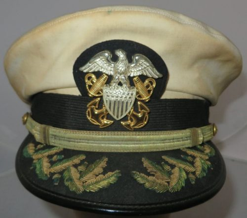 Фуражка старшего офицера ВМС.