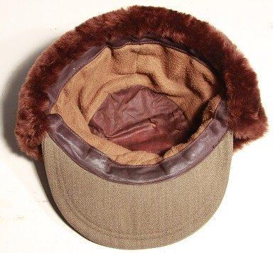 Женский меховой кепи.