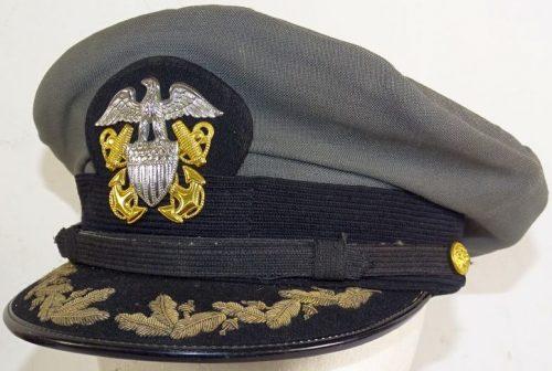 Фуражка главкома ВМФ образца 1943 года.