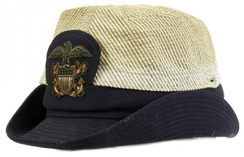 Кепи военнослужащих женщин ВМС образца 1942 г.