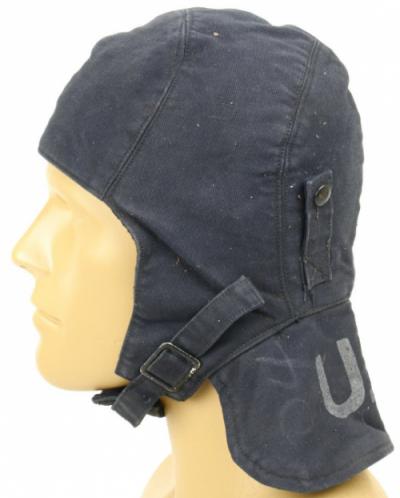 Зимний шлем работников палубы авианосцев.