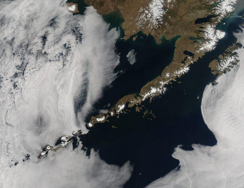 Алеутские острова из космоса.