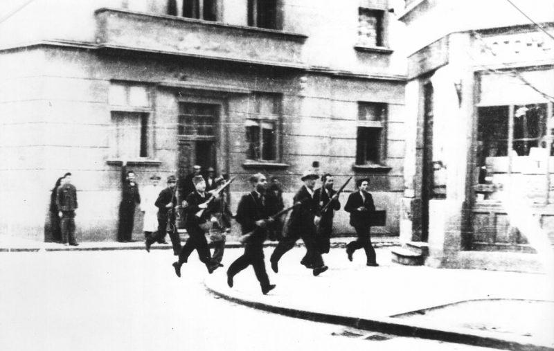 Уличные бои в Белграде.