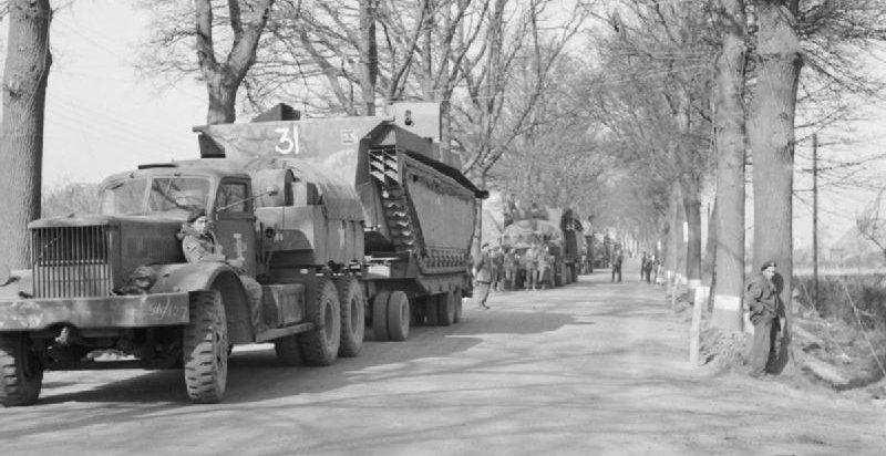 Британские войска перед форсированием Рейна.