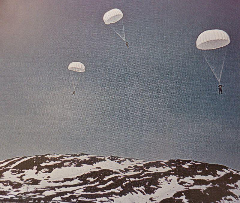 Выброска немецкого воздушного десанта в районе Нарвика. Апрель 1940 г.
