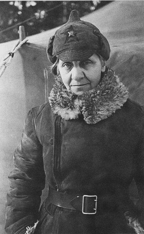 Профессор В. В. Гориневская - хирург полевого подвижного госпиталя №736. Февраль 1940 г.