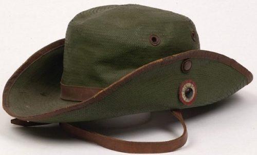 Шляпы военнослужащих голландской Ост-Индии образца 1905 года.