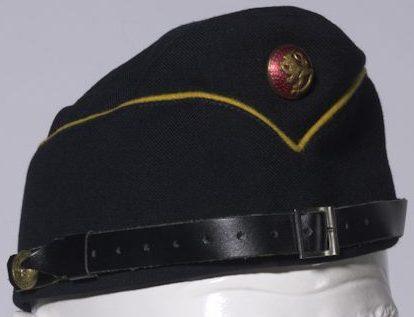 Темно-синяя летняя пилотка М39 офицера ВМФ.