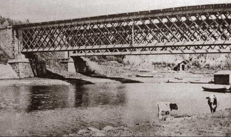 Мост через реку Тясьмин. 1941 г.