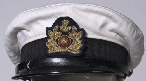 Фуражка унтер-офицера ВВС М30 с белым чехлом.