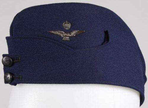 Пилотка офицера ВВС.