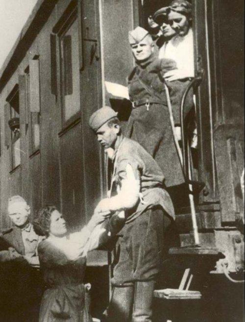 Санитарный поезд. 1941 г.