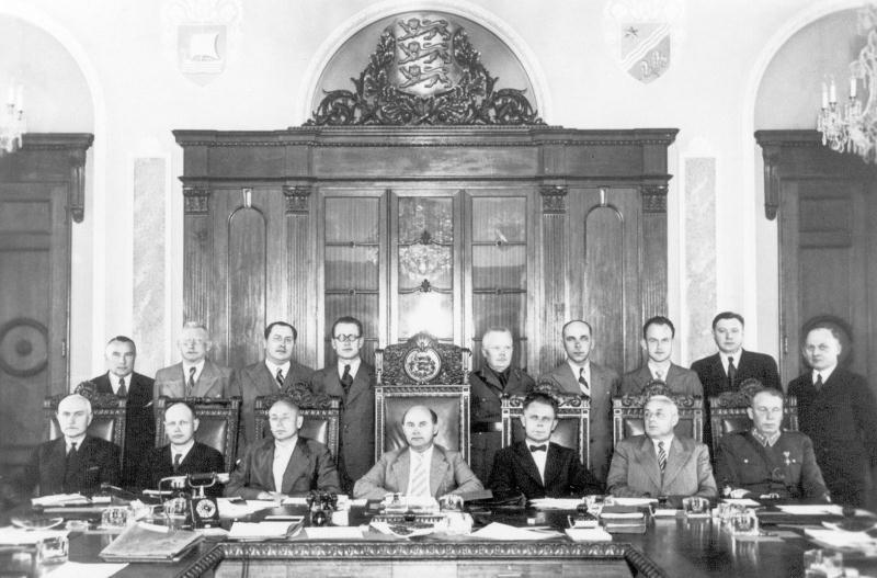 Правительство Йоханнеса Вареса (21 марта 1940 - 25 марта 1940) с сослуживцами свержения. 21апреля 1940 г.