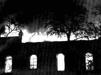 Пылающая синагога. Март 1939 г.