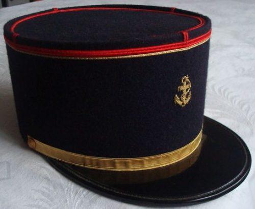 Кепи офицера морской пехоты.