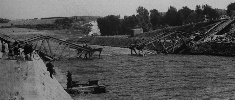Взорванный мост Пон-де-Канн. Май 1940 г.