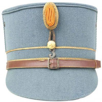 Кепи офицеров армии.