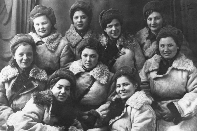 Диверсионно-разведывательная группа девушек в/ч 9903. Декабрь 1941 г.
