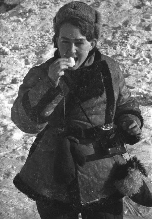 Фотокорреспондент Наталья Боде в Сталинграде. Февраль 1943 г.