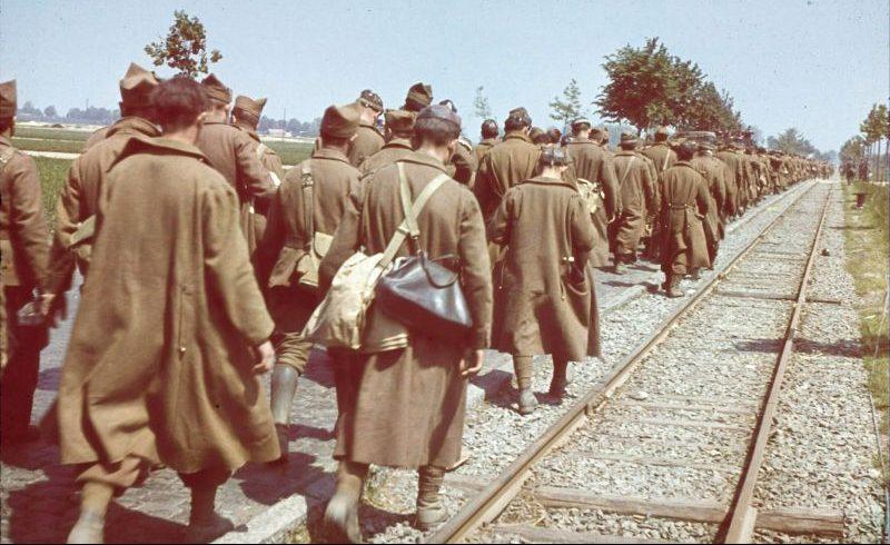 Бельгийские военнопленные, захваченные немецкими войсками. 1940 г.