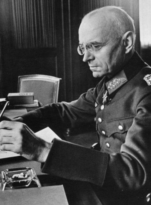 Александр фон Фалькенхаузен - генерал Вермахта - глава оккупационного правительства Бельгии. 1940 г.