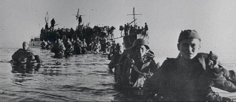 Высадка советского десанта на остров Сааремаа (Эзель). Октябрь 1944 г.
