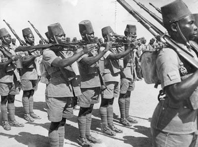 Солдаты бельгийского Конго в составе Сил Свободной Бельгии.1943 г.