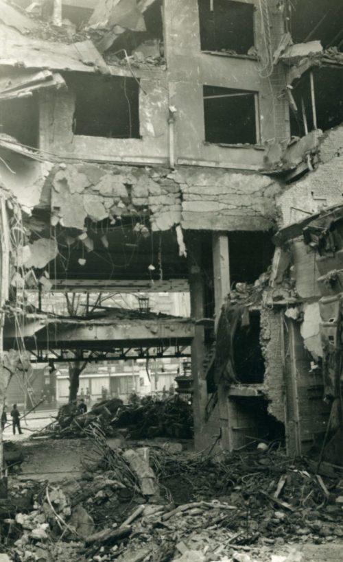 Кинотеатр «Рекс» в Антверпене, разрушенный немецкой ракетой ФАУ-2 Декабрь 1944 г.