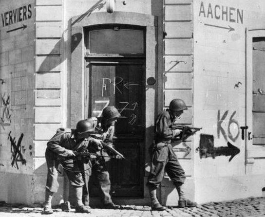 Американская разведгруппа в Тимистере. Сентябрь 1944 г.