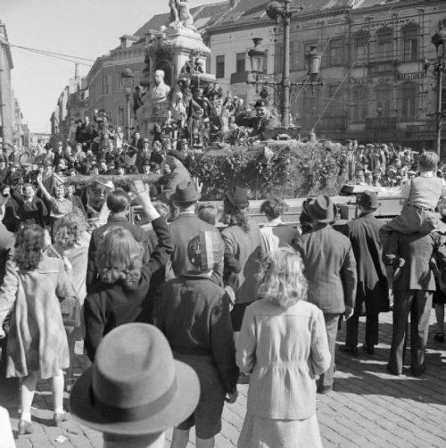 Британские танки в Брюсселе. Сентябрь 1944 г.