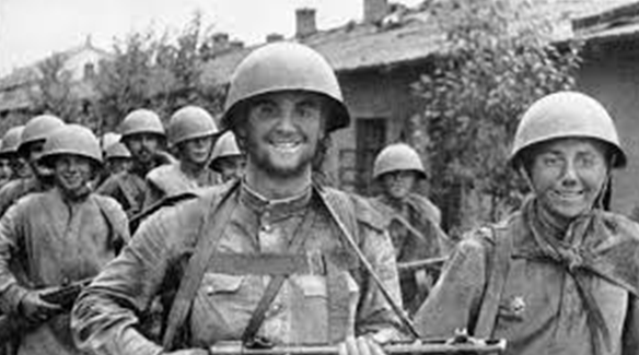Советские войска в Мукдене. Август 1945 г.