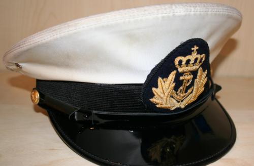 Фуражка офицера ВМС.