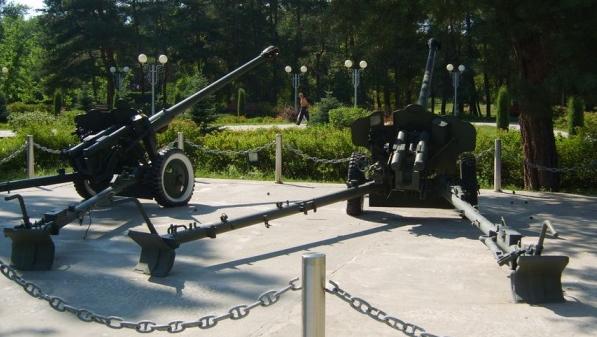 Дивизионные пушки.